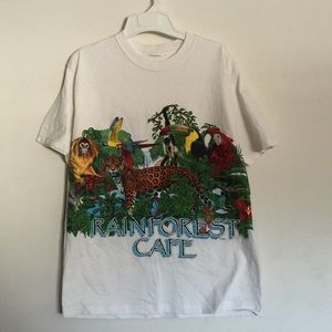 Rainforest Cafe Graphic Tshirt